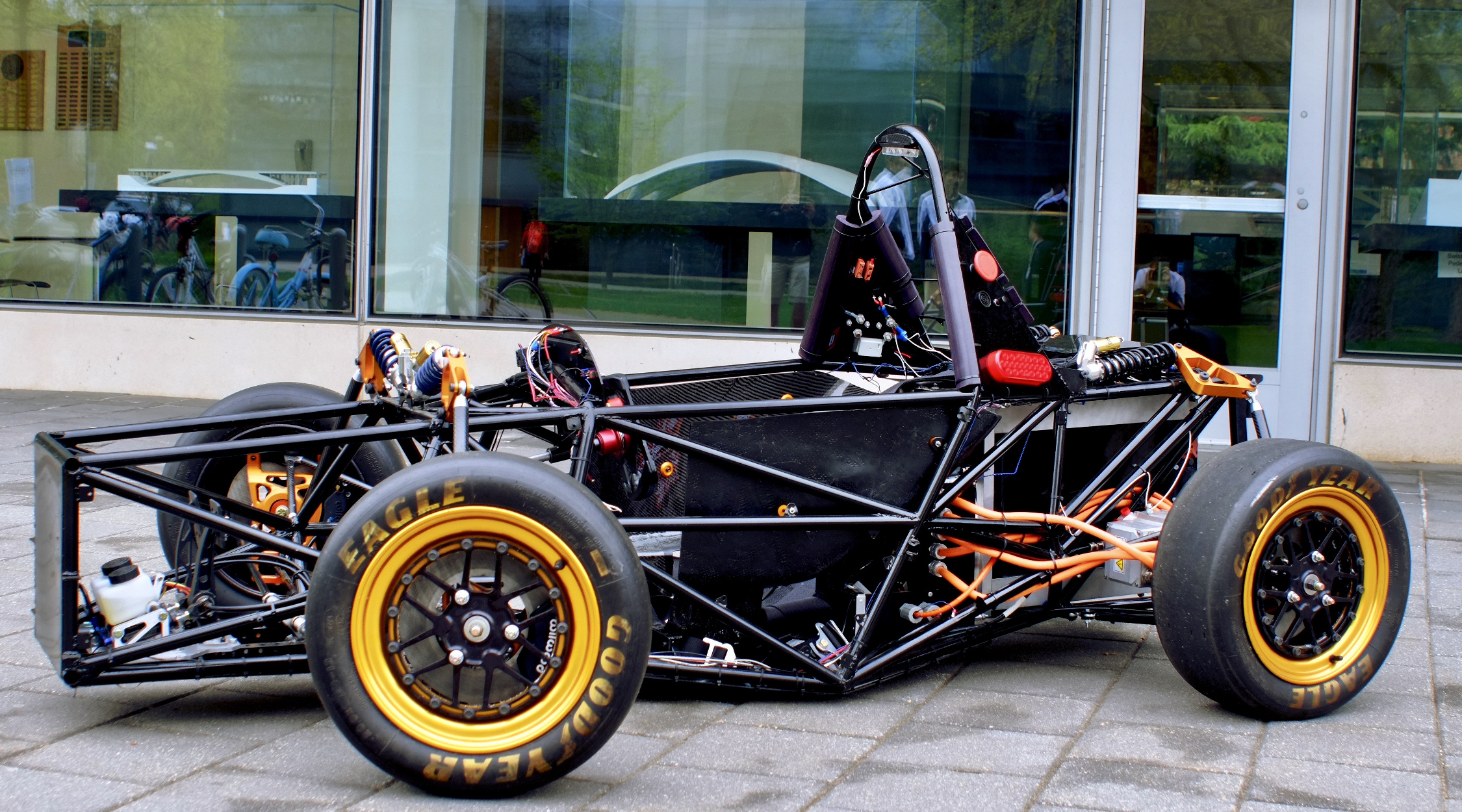 Electric race car